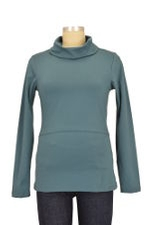 Momzelle Nursing Turtleneck (Malachite) by Momzelle