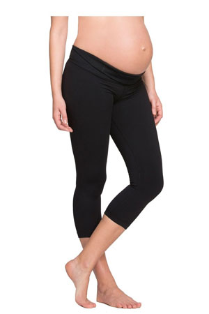 Ingrid & Isabel Active Capri  Maternity Pant by Ingrid & Isabel