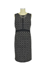 Sophie & Eve Hartford Split Front Chain Print Nursing Dress (Black and White Chain) by Sophie & Eve