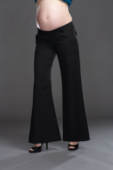 Brand new with tag ladies next under bump wide leg cropped maternity trousers in size 10 reg These are.a great wardrobe staple as could be worn in the office or casually and even as evening wear.