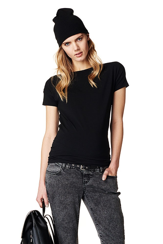 Sarah Short Sleeve Cotton Basic Maternity Tee (Black)