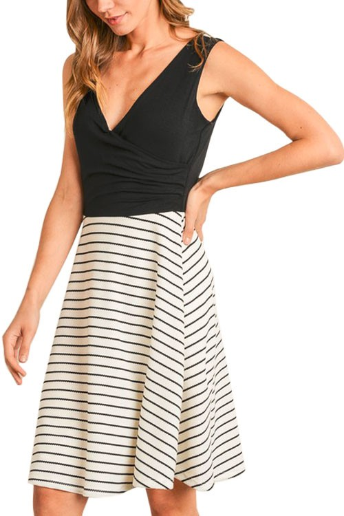 Celia Black & White Striped Nursing Friendly Dress (Black & White Stripes)
