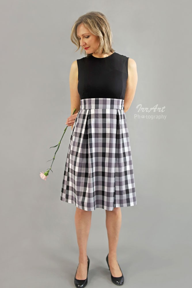 92cff1777e3 Mia Clasic Fit   Flare Nursing Dress in Black   Checks by Sophie   Eve